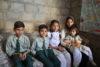 Pakistan: 400benachteiligte Kinder aus armen christlichen Tagelöhner-Familien können zur Schule gehen. Es ist eine Entlastung für die ganze Familie und gibt Hoffnung für eine bessere Zukunft. (csi)