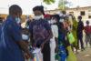 Leidgeprüfte Christen im zentralnigerianischen Bundesstaat Plateau wurden zu Weihnachten mit einem Sack voller Nahrungsmittel beschenkt (csi)