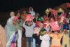 Voller Begeisterung zeigen die Kinder ihre Geschenke (csi)